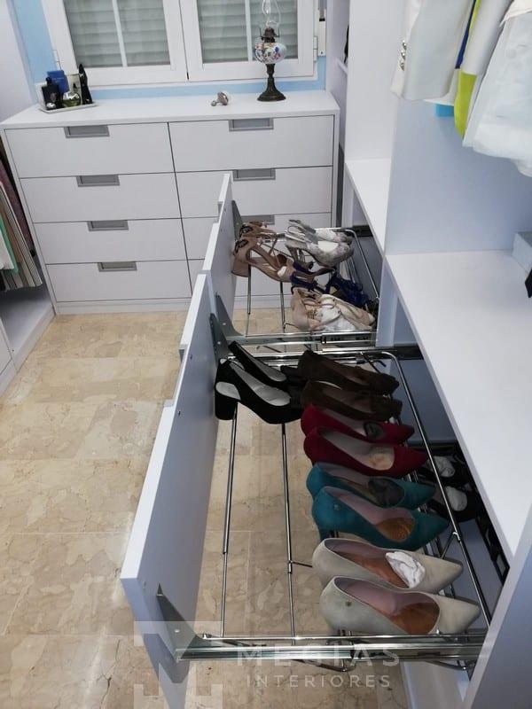 fabricacion e instalacion de armario vestidor y cocina en granada01