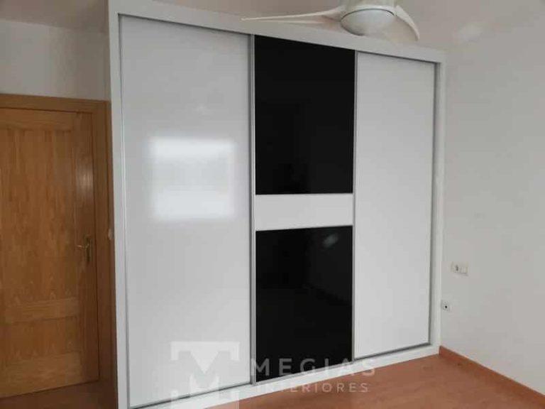fabricacion e instalacion de armario vestidor y cocina en granada03